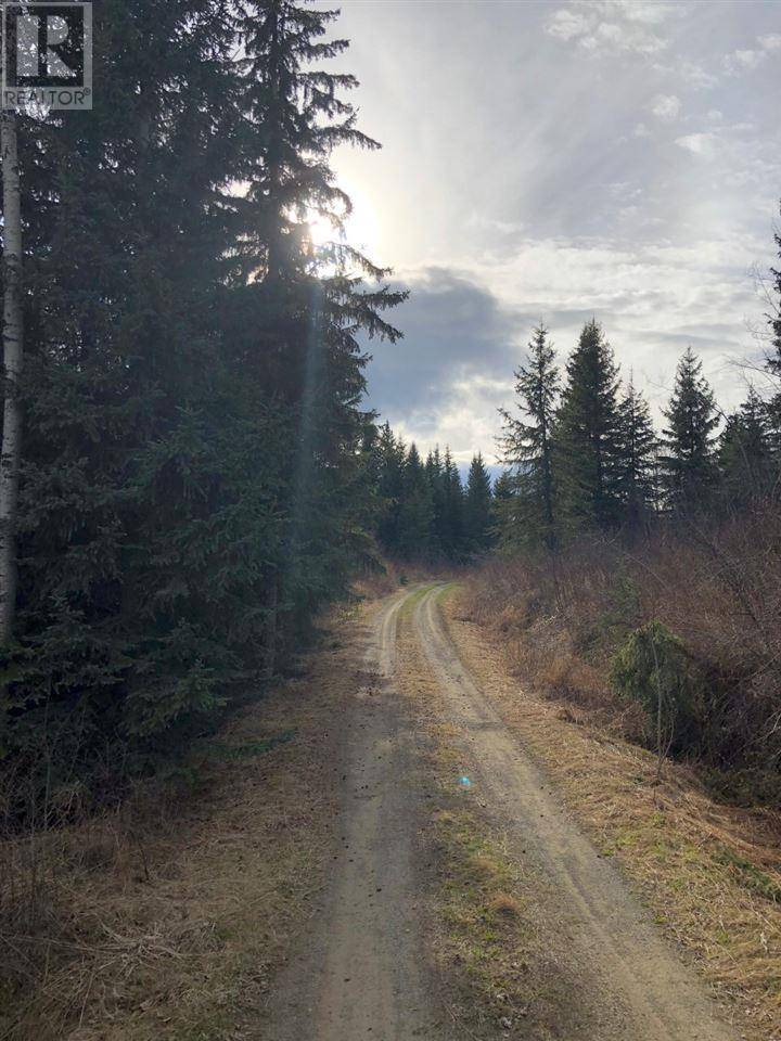 Residential property for sale at 6239 Horsefly Lake Rd Horsefly British Columbia - MLS: R2439000
