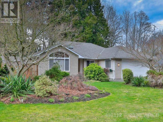 House for sale at 624 Yambury Rd Qualicum Beach British Columbia - MLS: 466112