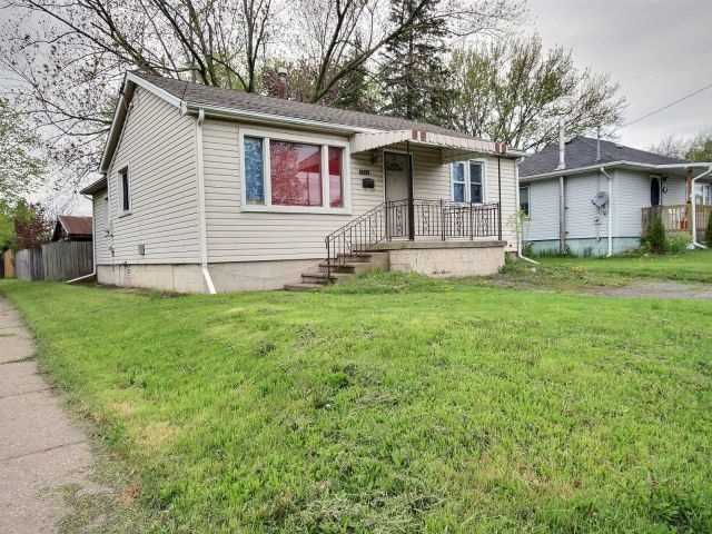 For Sale: 6241 Montrose Road, Niagara Falls, ON | 2 Bed, 1 Bath House for $289,900. See 8 photos!