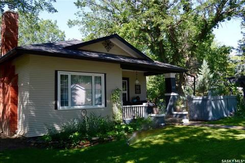 House for sale at 625 1st St E Shaunavon Saskatchewan - MLS: SK799940