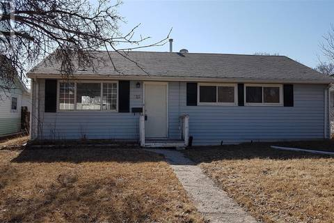House for sale at 625 Williams St Regina Saskatchewan - MLS: SK799648