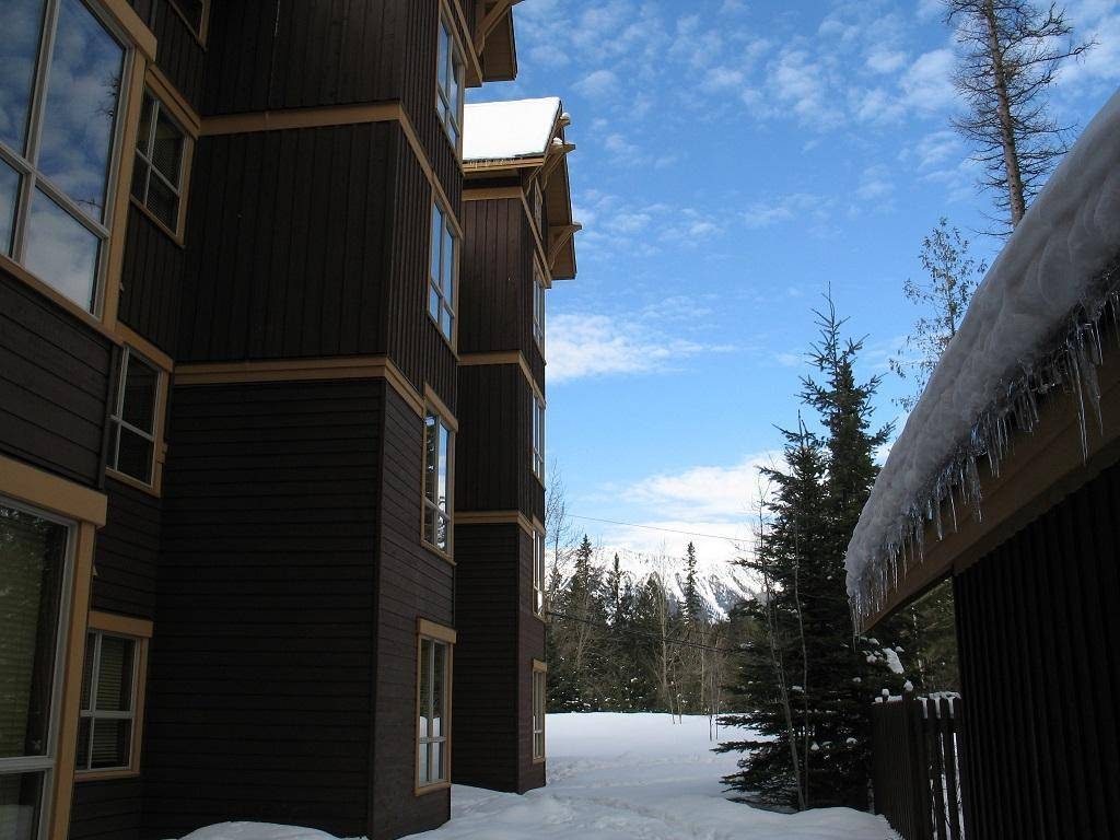 Condo for sale at 4559 Timberline Crescent  Unit 626 Ski Hill Area British Columbia - MLS: 2450827