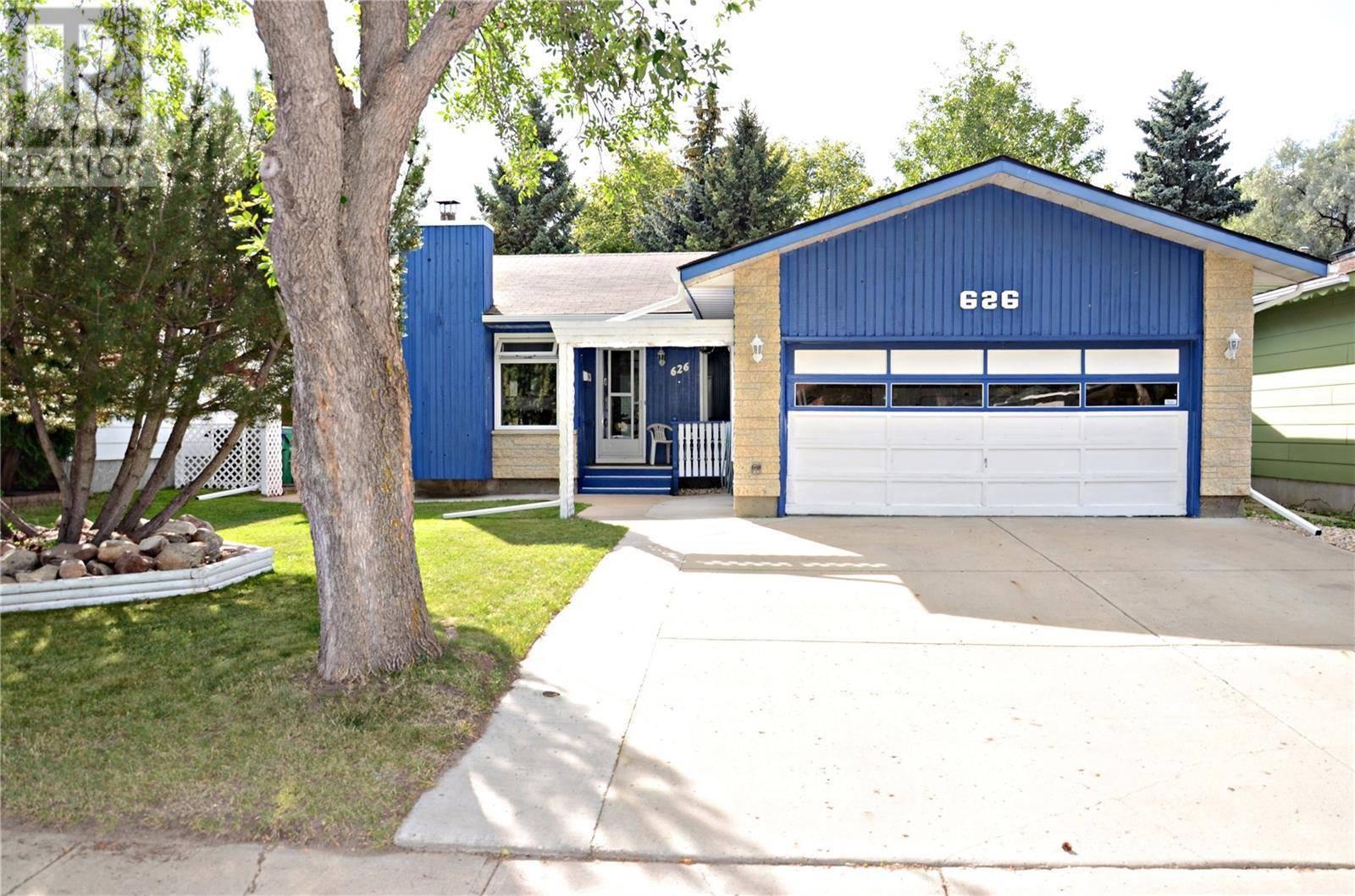 House for sale at 626 Redberry Rd Saskatoon Saskatchewan - MLS: SK783651