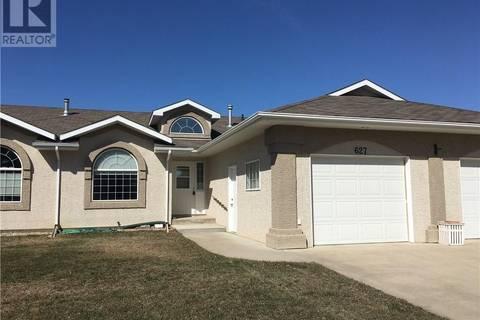 Townhouse for sale at 627 11th St Humboldt Saskatchewan - MLS: SK768330