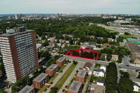 Commercial property for sale at 627 Kirkwood Ave Ottawa Ontario - MLS: X4822947