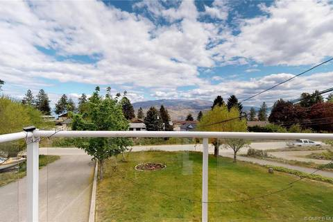 Townhouse for sale at 6272 Whinton Cres Peachland British Columbia - MLS: 10182585