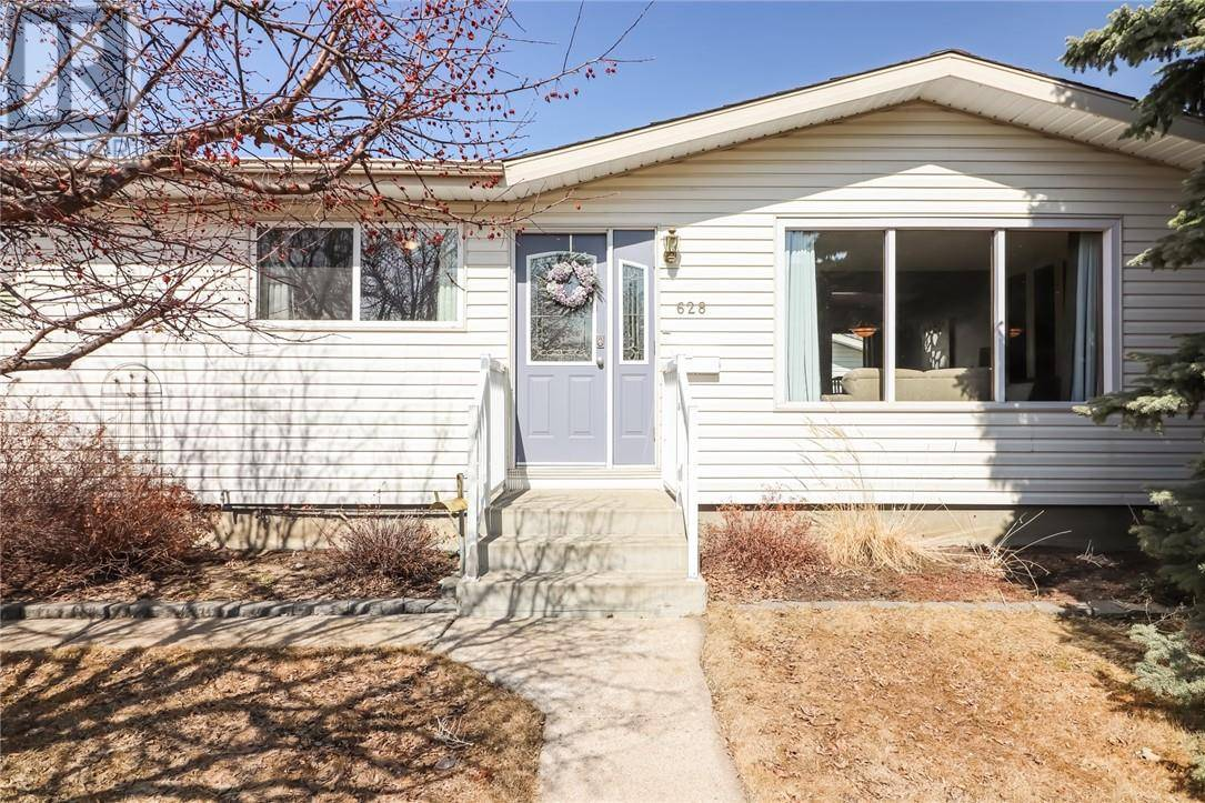 House for sale at 628 Rutherford St Nw Medicine Hat Alberta - MLS: mh0191649