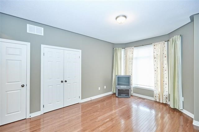 For Sale: 6285 Pinestone Road, Niagara Falls, ON | 2 Bed, 4 Bath Townhouse for $549,900. See 20 photos!