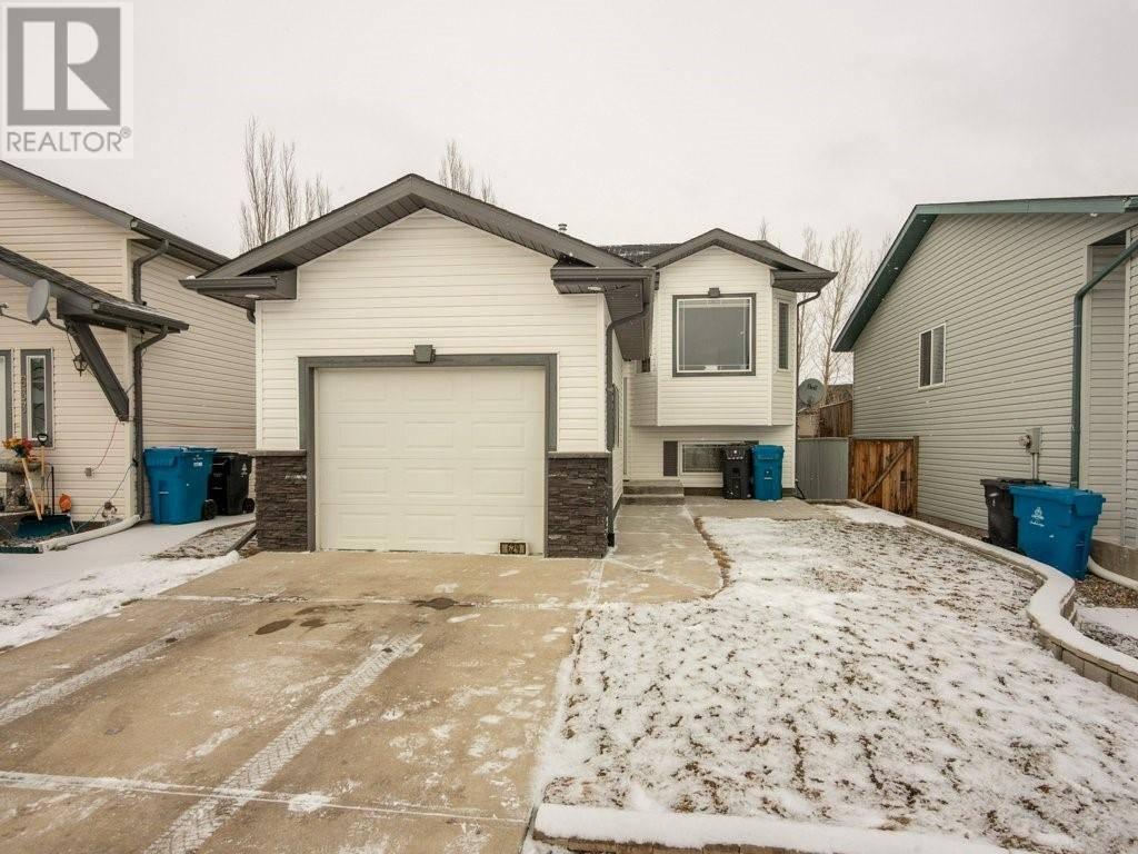 House for sale at 629 Blackfoot Te W Lethbridge Alberta - MLS: ld0188308
