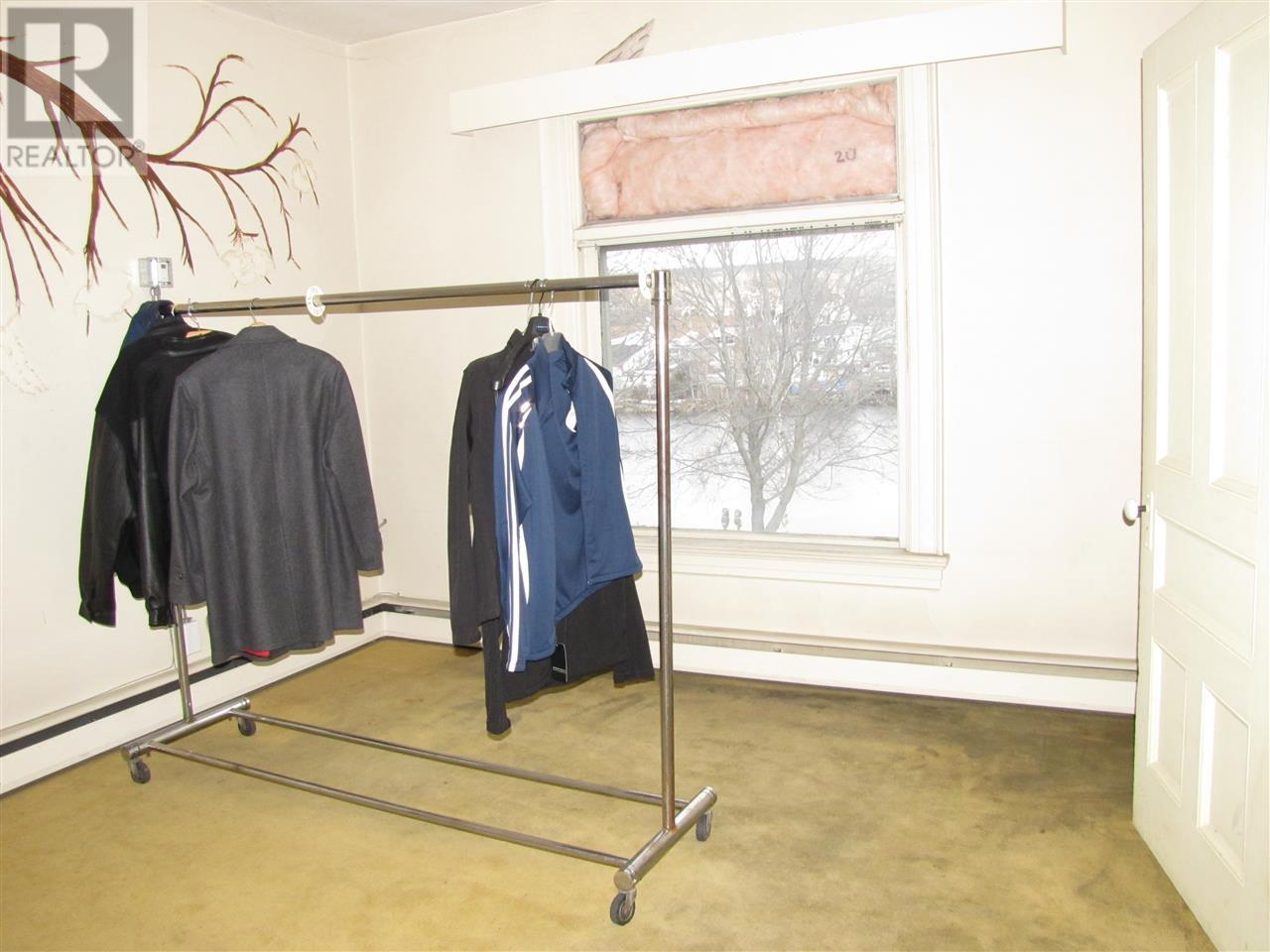 629 King St, Bridgewater - Commercial Property For Sale | Zolo.ca