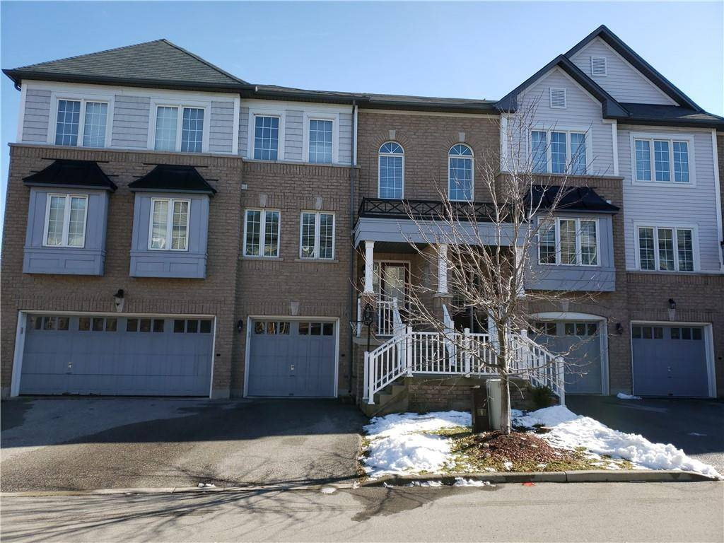 Townhouse for sale at 7 Sirente Dr Unit 63 Hamilton Ontario - MLS: H4071520