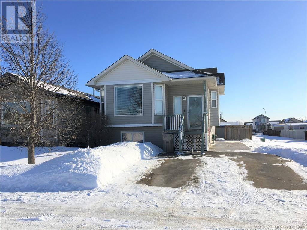 House for sale at 8817 63 Ave Ave Unit 63 Grande Prairie Alberta - MLS: GP214908