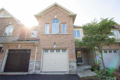 Townhouse for sale at 63 Eagle Trace Dr Brampton Ontario - MLS: W4929014