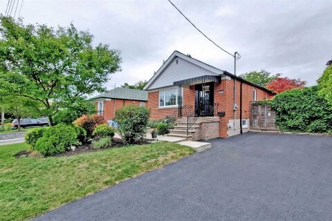 House for rent at 63 Greylawn Cres Toronto Ontario - MLS: E4965980