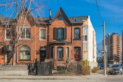 Townhouse for sale at 63 Seaton St Toronto Ontario - MLS: C4671621