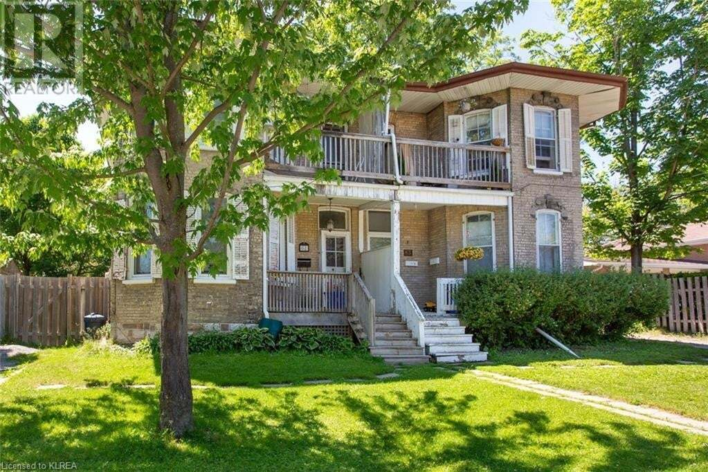 Townhouse for sale at 63 Victoria Ave N Lindsay Ontario - MLS: 263197