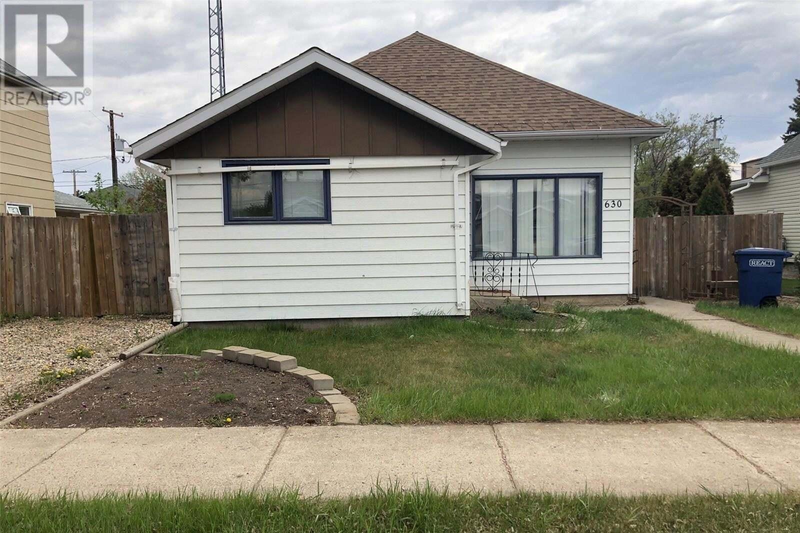 House for sale at 630 11th St Humboldt Saskatchewan - MLS: SK828830