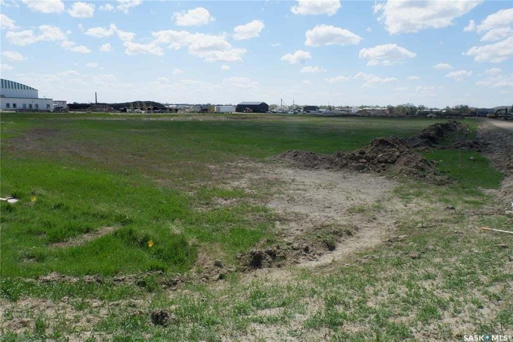 Home for sale at 630 Campbell St Assiniboia Saskatchewan - MLS: SK811027