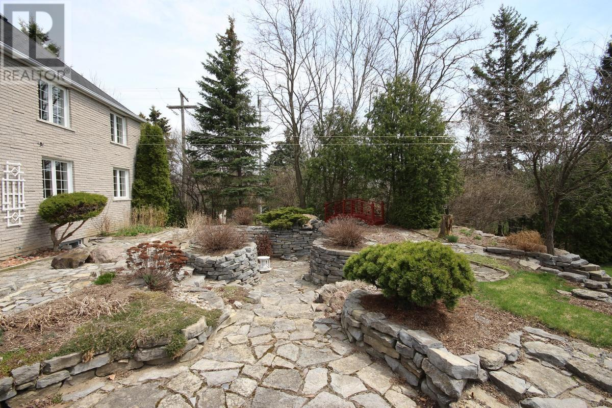 For Sale: 630 Graceland Avenue, Kingston, ON | 2 Bed, 2 Bath House for $699,900. See 31 photos!