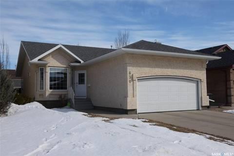 House for sale at 630 Guenter Cres Saskatoon Saskatchewan - MLS: SK803622