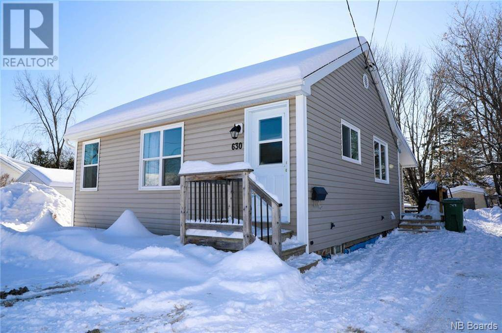 House for sale at 630 Maclaren Ave Fredericton New Brunswick - MLS: NB039230
