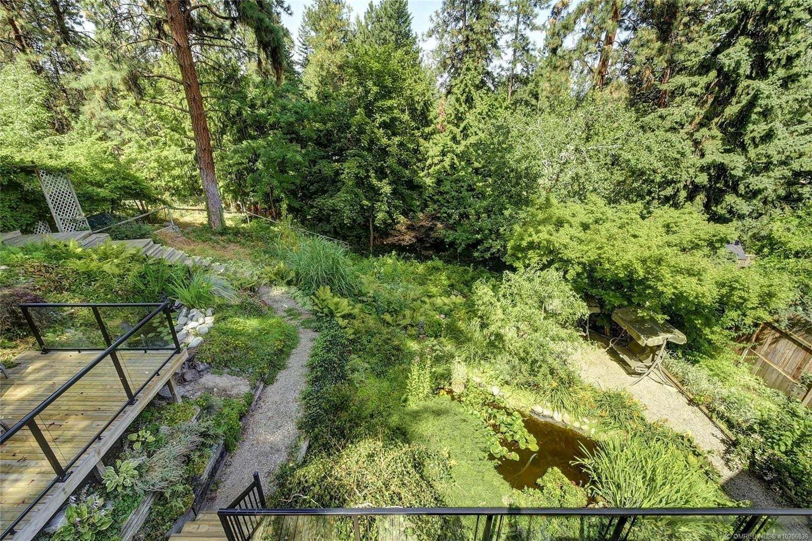House for sale at 630 Thorneloe Rd Kelowna British Columbia - MLS: 10206836