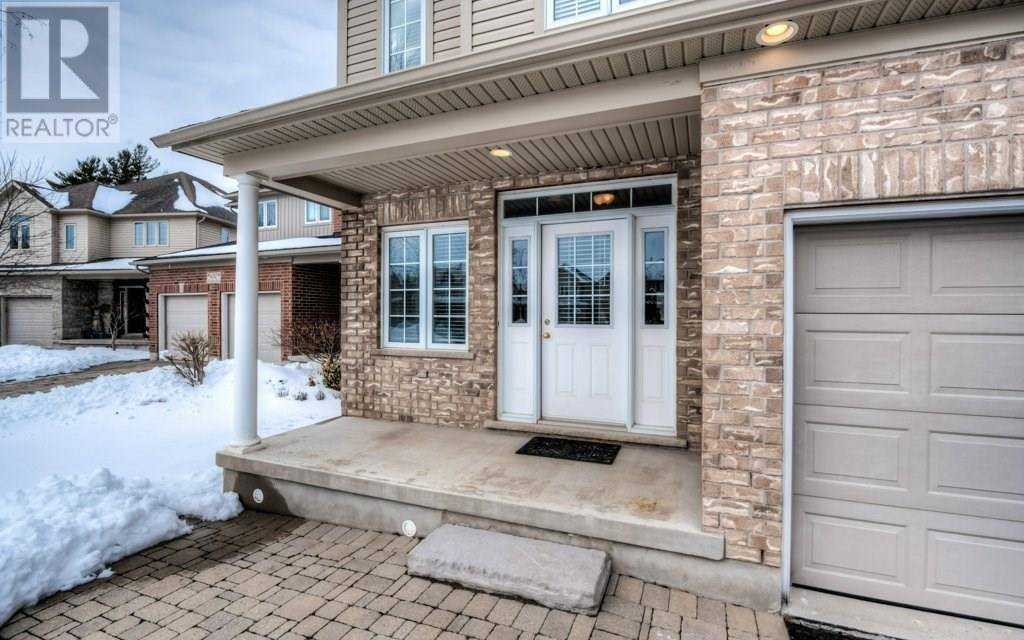 630 Woodlawn Place, Waterloo | Image 2