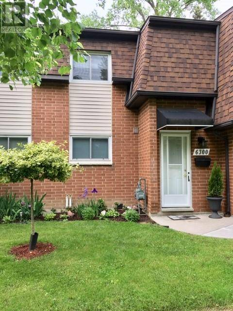 Townhouse for sale at 6300 Thornberry  Windsor Ontario - MLS: 19020224