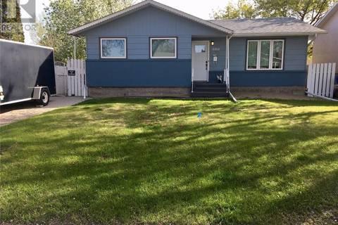 House for sale at 6302 1st Ave N Regina Saskatchewan - MLS: SK772727