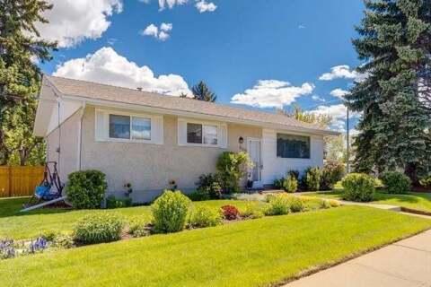 House for sale at 6304 Tregillus St Northwest Calgary Alberta - MLS: C4301572