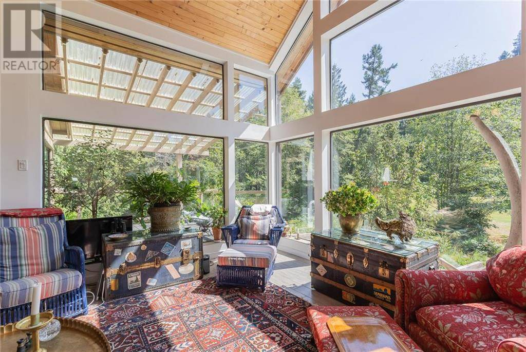 House for sale at 631 Gallagher Bay Rd Mayne Island British Columbia - MLS: 414639