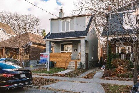 House for sale at 631 Glebeholme Blvd Toronto Ontario - MLS: E4994006