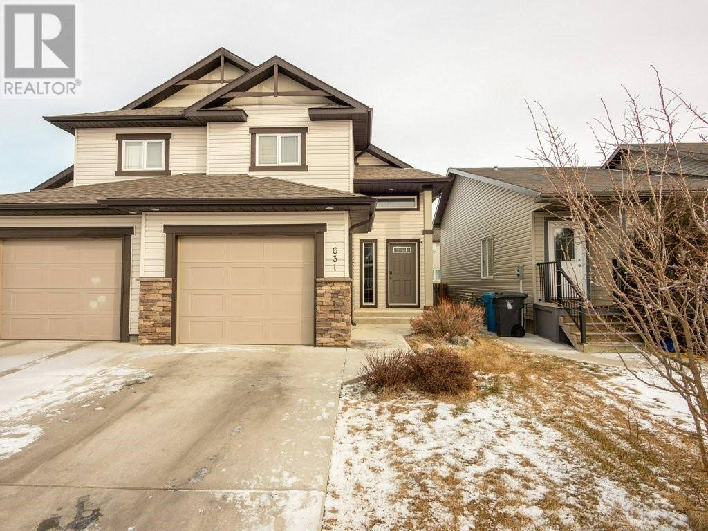 Townhouse for sale at 631 Silkstone Pt W Lethbridge Alberta - MLS: ld0188379