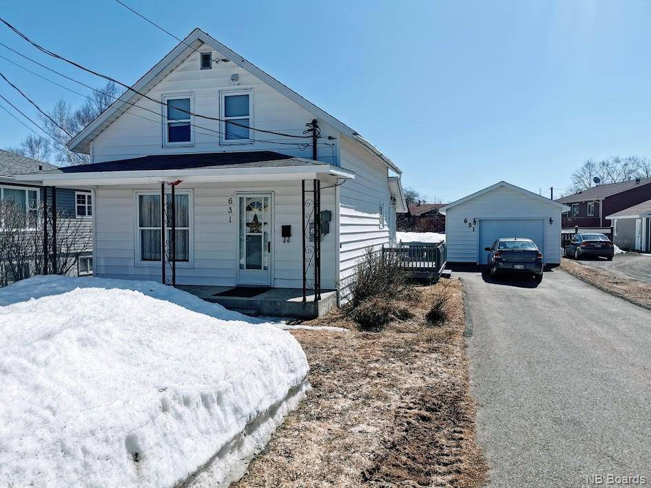 House for sale at  631 St Bathurst New Brunswick - MLS: NB042727