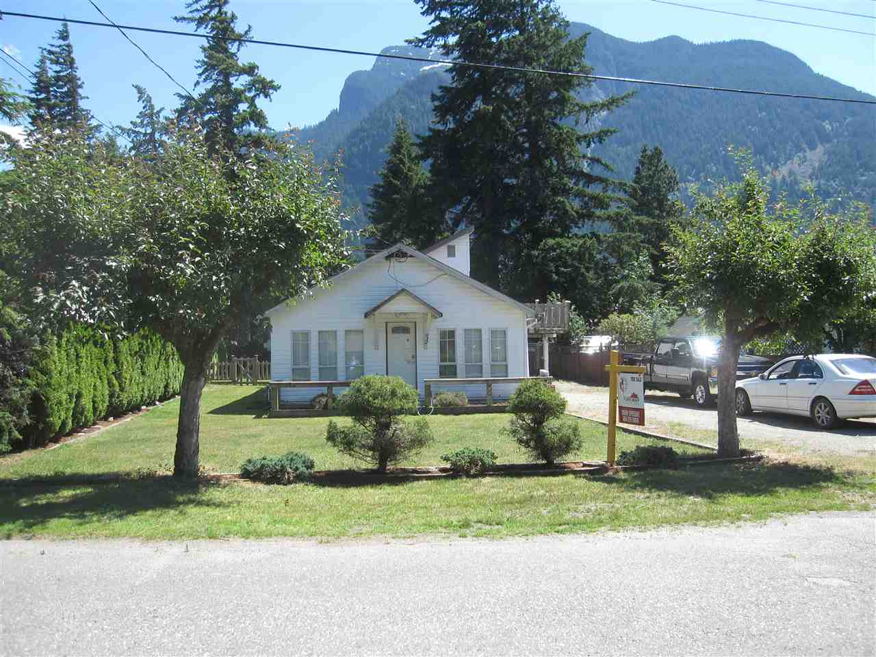 Sold: 632 Commission Street, Hope, BC