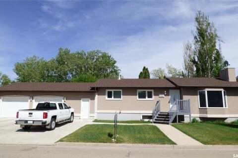 House for sale at 633 Rupert St Esterhazy Saskatchewan - MLS: SK808411