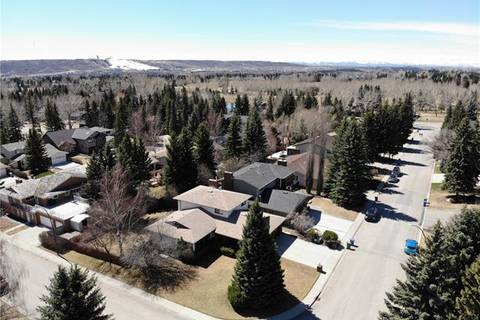 633 Varsity Estates Crescent Northwest, Calgary | Image 2