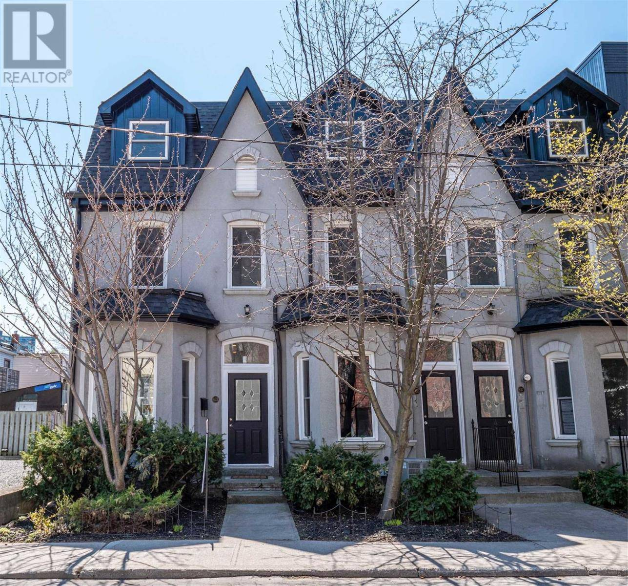 Townhouse for sale at 633 Wellington St West Toronto Ontario - MLS: C4755942