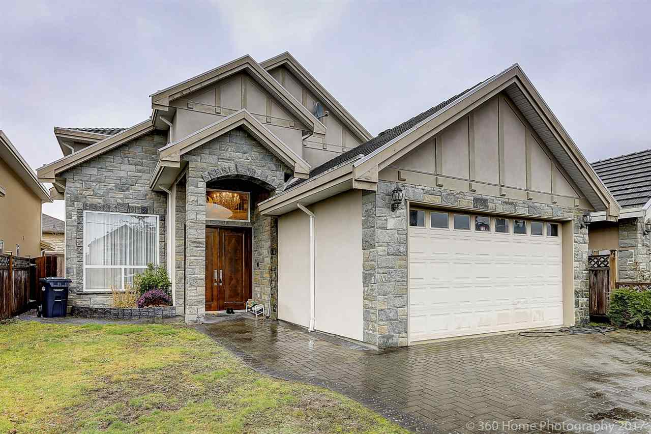 For Sale: 6333 Comstock Road, Richmond, BC | 5 Bed, 5 Bath House for $2,260,000. See 19 photos!