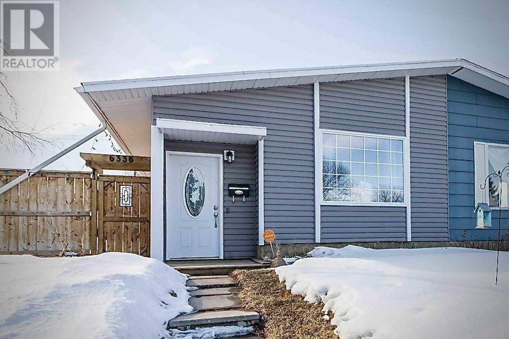 Townhouse for sale at 6336 Hewson Ave Red Deer Alberta - MLS: ca0190614