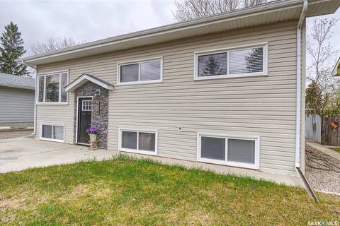 House for sale at 634 Dufferin Ave Moose Jaw Saskatchewan - MLS: SK799519