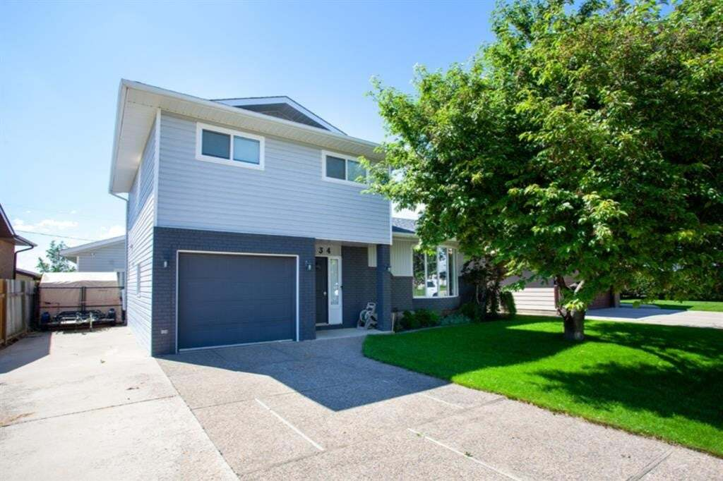House for sale at 634 Main St South Redcliff Alberta - MLS: A1009196