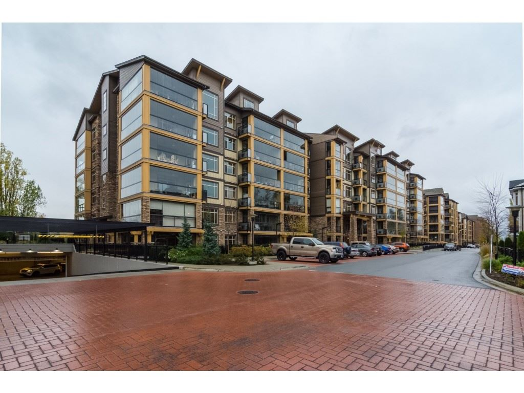 For Sale: 635 - 8067 207 Street, Langley, BC | 1 Bed, 1 Bath Condo for $429,900. See 20 photos!