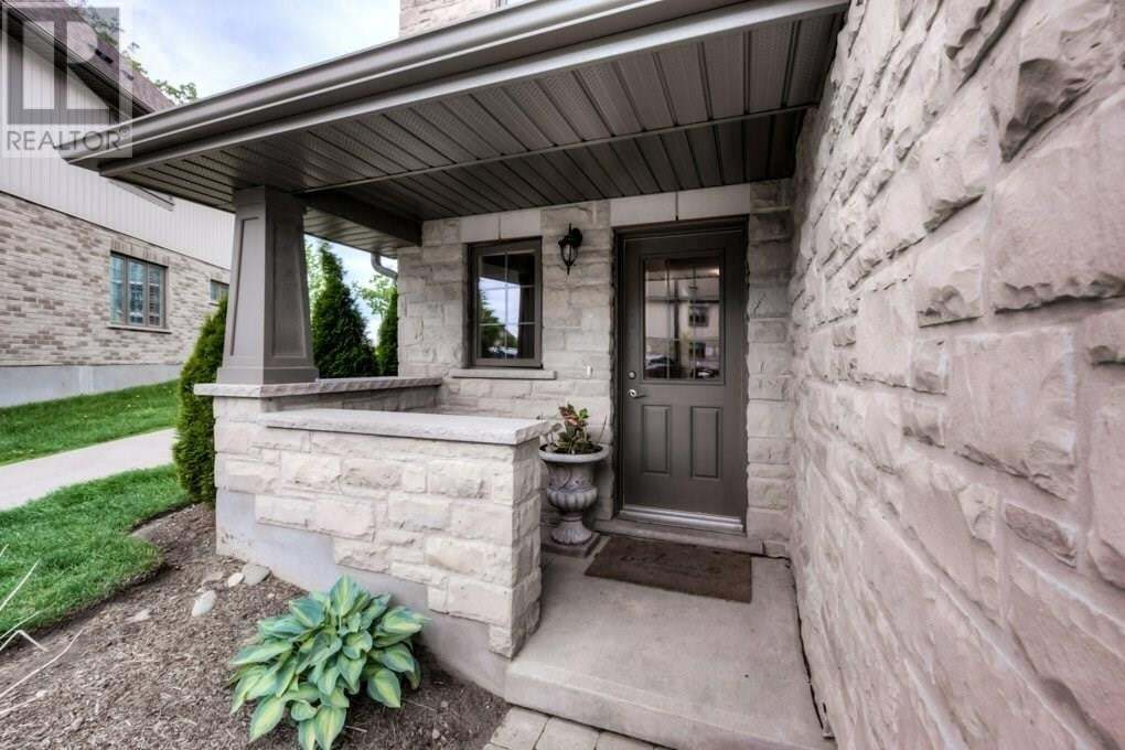 Townhouse for sale at 635 Saginaw Pw Cambridge Ontario - MLS: 30810544
