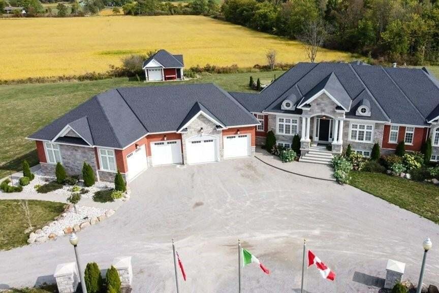 Home for sale at 6355 #56 Regional Rd Binbrook Ontario - MLS: H4088013