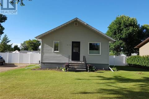 House for sale at 636 1st Ave NE Preeceville Saskatchewan - MLS: SK770529