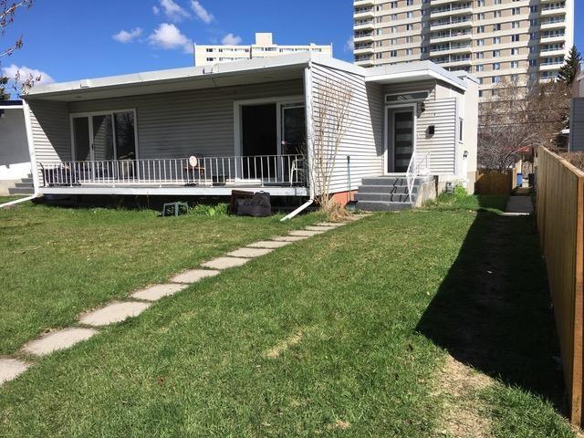 Sold: 636 - 634 636 68 Avenue Southwest, Calgary, AB