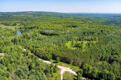 Residential property for sale at 637519 Prince Of Wales Rd Mulmur Ontario - MLS: X4885312