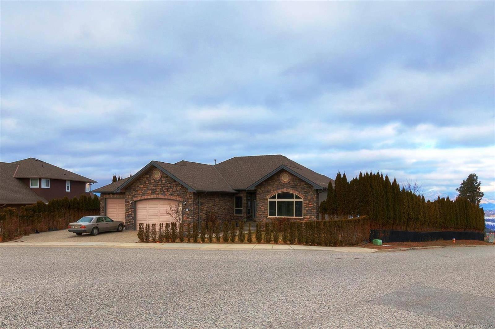 House for sale at 638 Benmore Pl Kelowna British Columbia - MLS: 10196962