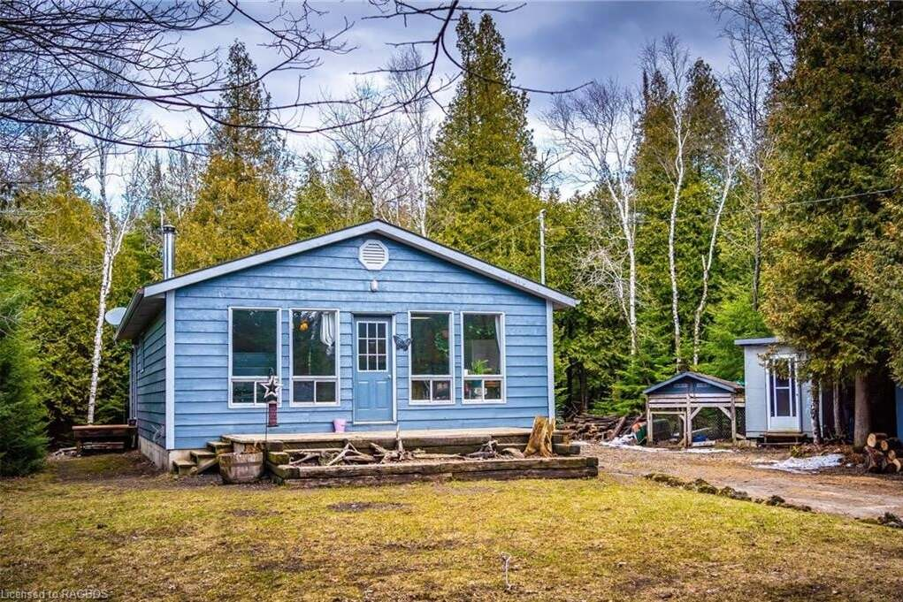 House for sale at 638 Boat Lake Rd South Bruce Peninsula Ontario - MLS: 253275